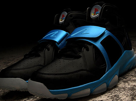 "d575cc0ae3f5 Nike ""Move"" Huarache Sneaker"